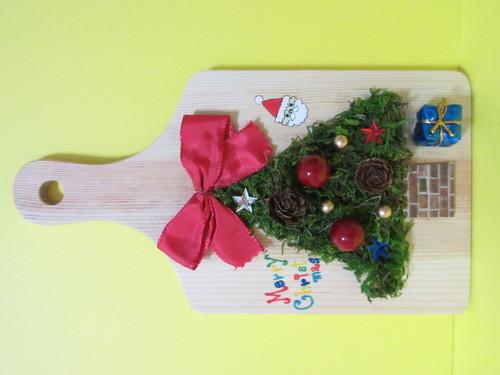 クリスマス華やかアレンジメントワークショップ ~モスで作るツリー壁掛け~