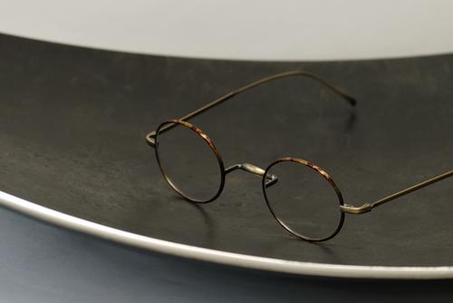 スモールラウンドメガネ、金子眼鏡「KV-49」