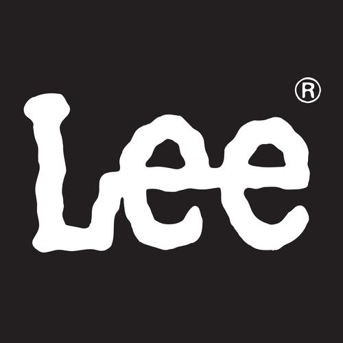 Lee 黒地に白_正方形ロゴ